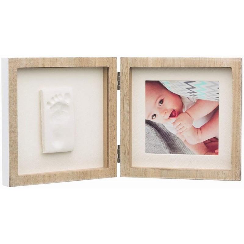 Rama foto lemn patrata cu amprenta Baby Art krbaby.ro