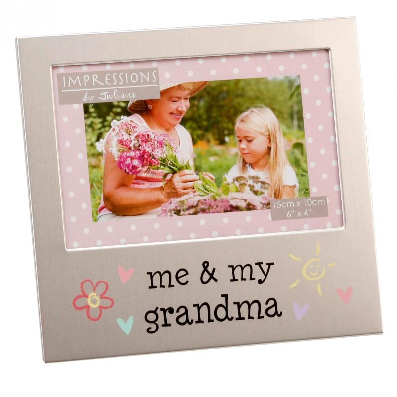 Juliana - Rama foto me and my grandma krbaby.ro