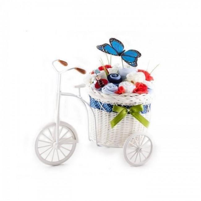 Bicicleta cu flori din hainute si fluture albastru pentru baietei - 10 piese