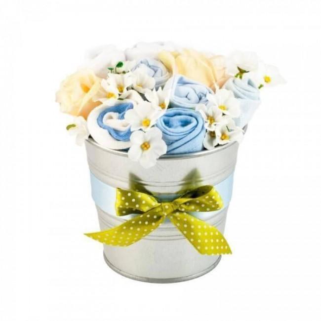 Buchet de flori din hainute pentru baietei - 7 piese