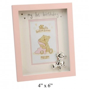 Button Corner - Rama foto roz din MDF My First Birthday