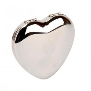 Oglinda argintata in forma de inimioara